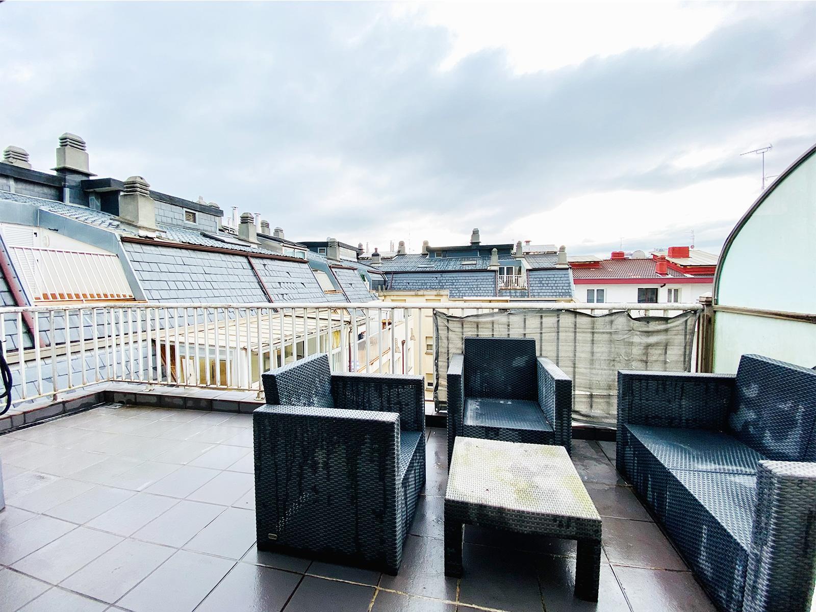 GROS ZABALETA ático con terraza